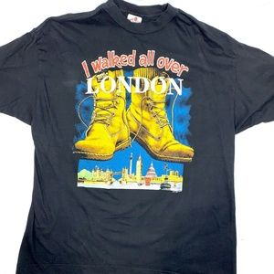 Zip it I walked all over London graphic T Shirt